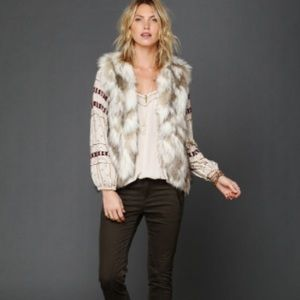 Free People Jackets & Coats - Free People call of the wild faux fur vest xs